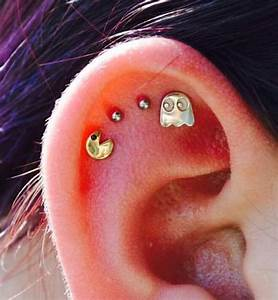 Jewels: pacman, ghosts, 90s style, video games, stud ...