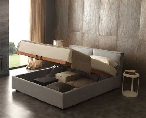 Bett Mit Aufbewahrung by Cube Bed With A Chest Compartment Isolated From The Floor