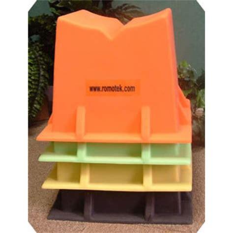 Pontoon Storage Blocks by Pontoon Storage Blocks