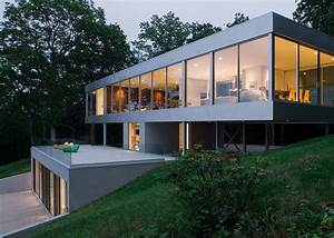 Stuart Parr's Ultra Contemporary Clearhouse Brings the