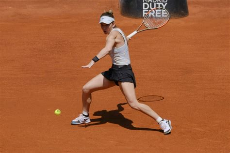 Simona Halep vs. Karolina Pliskova | 2018 Mutua Madrid Open Quarterfinal | WTA Highlights