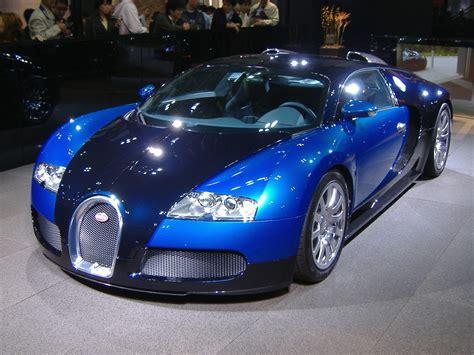 Passionate Riding Bugatti Veyron