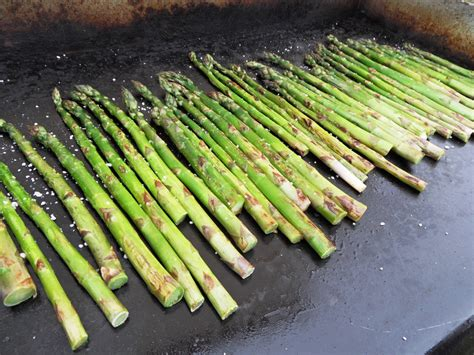 cuisiner asperges vertes recettes d asperges vertes asperges vertes du producteur
