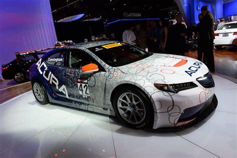 acura tlx gt race car  debuts   detroit