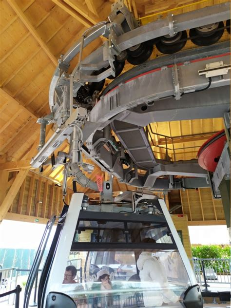 Vivez une journée magique au zooparc de beauval ! Télécabine débrayable (TCD8) Nuage de Beauval - Zoo de Beauval