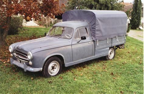 location véhicule déménagement camionnette de location location utilitaire louer un camion pas cher ou fourgon rent a car