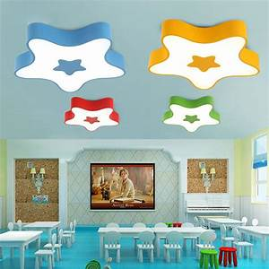 Deckenleuchte Led Kinderzimmer : sch ne deckenleuchte led modern stern design im kinderzimmer ~ Markanthonyermac.com Haus und Dekorationen