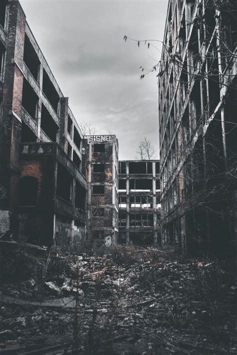 urban deserted ruins   detroit ruins ruined city