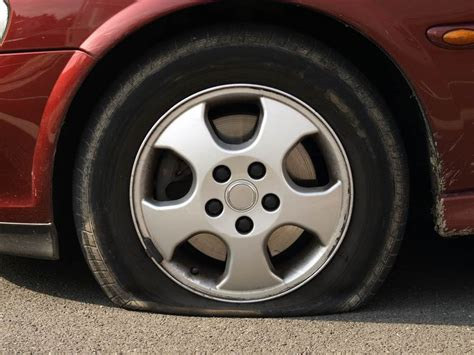 What To Do If Your New Car Doesn't Come With A Spare Tire