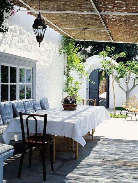 patios  terrazas de estilo mediterraneo