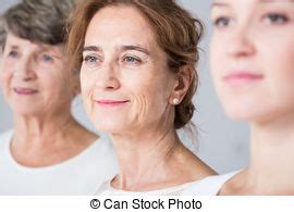 Amiti Entre Femmes by Images Et Photos De Intergenerational 129 Images Et