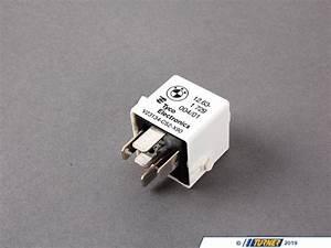 61361729004 - Main / ECU Relay - White - E30 E36 E39 E38