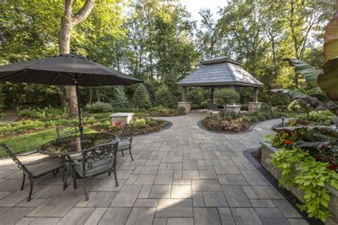 unilock ohio large beacon hill patio with a pavilion area photos