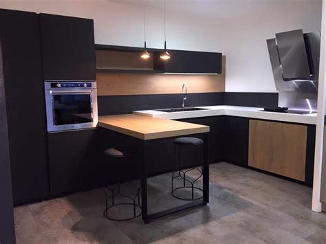meuble cuisine petit espace ordinaire cuisine equipee pour petit espace 13 cuisine