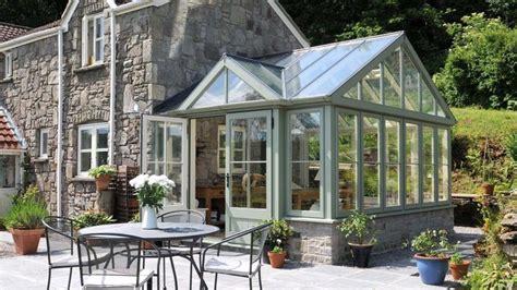 veranda en bois v 233 randa en bois pour valoriser sa maison et augmenter l espace habitable