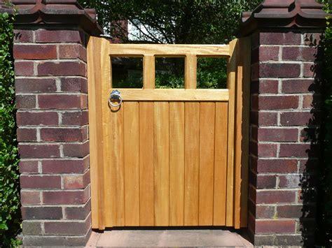 types of timber gates