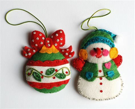 vintage felt christmas ornaments with sequins by rswvintage