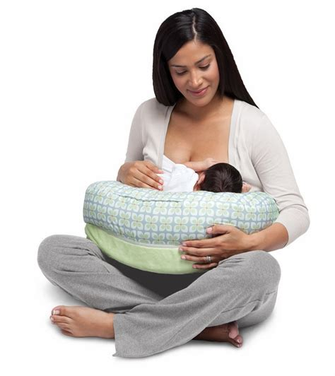 boppy nursing pillow boppy nursing pillow pinwheels