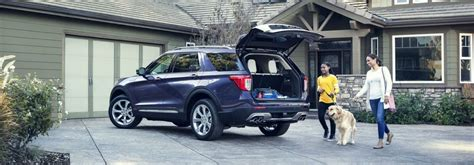 ford explorer  family loading cargoo sleepy
