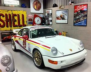 02b Porsche 964 Rear Fuse Box