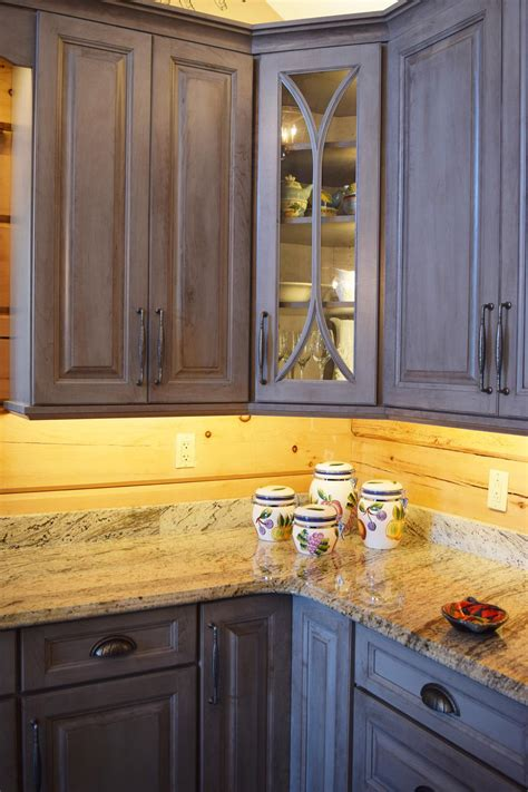 assemble yourself kitchen cabinets kitchen cabinets portfolio mcphie cabinetry leaded glass