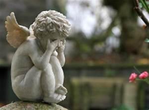 Was Ist Bei Kopfstützen Zu Beachten : angemessenes verhalten im trauerfall was bei beileidsbekundungen zu beachten ist ~ Orissabook.com Haus und Dekorationen