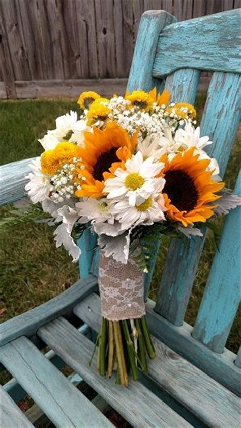 25 Best Ideas About Country Wedding Bouquets On Pinterest