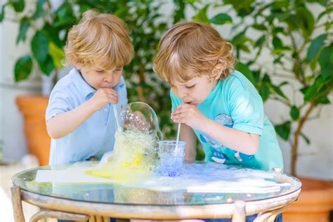 Kindergarten Experimente > Naturwissenschaftliche