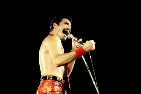 Freddie Mercury Biography And Profile