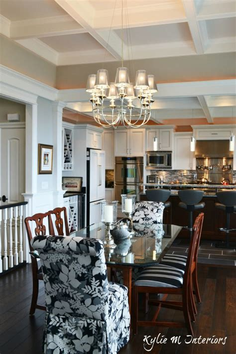 The Right Height For Your Dining Room Light