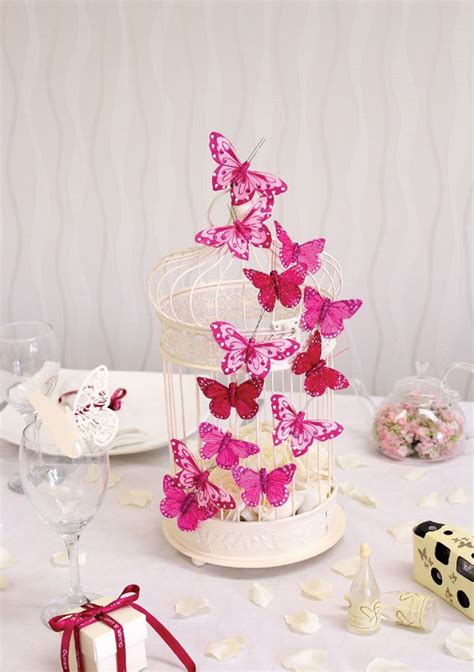 5 fabulous wedding table centres with the wow factor