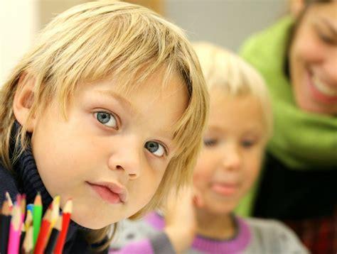 Jautājums par bērnudārziem valsts valodā paliek karājoties ...