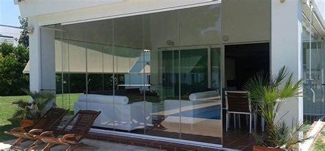 cerramientos de terrazas con cortinas de cristal