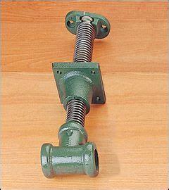 shoulder vise screw woodworking tool cabinet