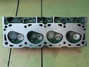 Ford Cylinder Head 7 5 Liter 1987