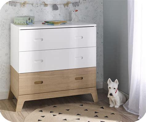 chambre blanche et bois chambre enfant aloa blanche et bois set de 4 meubles