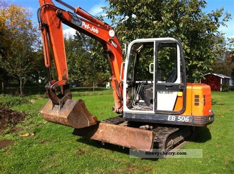 pel job eb mini excavators  minikompact digger construction equipment photo  specs