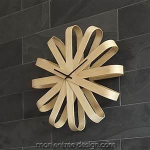 Grande Horloge Murale Originale : horloge murale originale achat vente horloge design bois ribbon wood umbra ~ Teatrodelosmanantiales.com Idées de Décoration