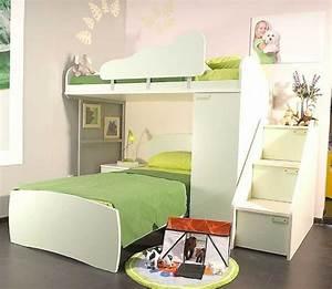 Hochbett Mit Dach : w hlen sie das richtige hochbett mit treppe f rs kinderzimmer ~ Markanthonyermac.com Haus und Dekorationen