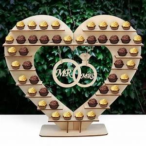 Was Gehört In Eine Candy Bar : tolle deko f r eine diy candy bar herzf rmiges display aus holz f r ferrero rocher mit ring ~ A.2002-acura-tl-radio.info Haus und Dekorationen