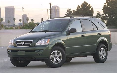 used 2005 kia sorento for sale pricing features edmunds