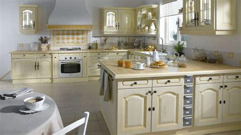 meubles cuisine lapeyre cuisine traditionnelle ou moderne laquelle choisir