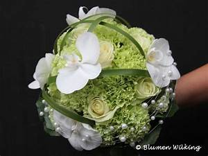Welche Blumen Blühen Im August : pin von schmetterling auf hochzeit in gr n wei brautstr u e hochzeit strauss ~ Orissabook.com Haus und Dekorationen