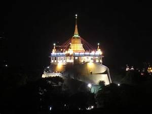 File:Wat saket night.JPG - Wikimedia Commons