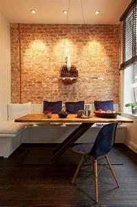 L39amenagement d39une salle a manger style industriel en 48 for Chaises salle manger capitonnées pour petite cuisine Équipée