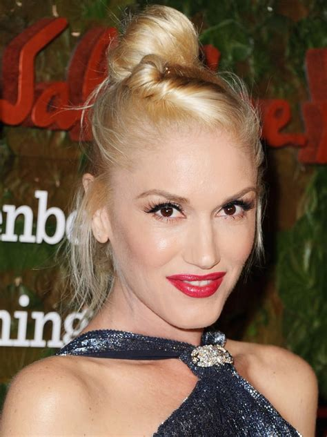 I Am Traditional Gwen Stefani never one to stick to a traditional hairstyle gwen