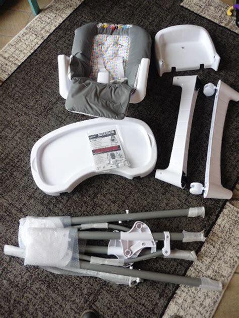 chaise haute babybus test la chaise haute barbapapa babybus autour de bébé
