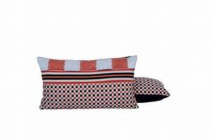 Coussin Design Pour Canape : coussin rectangulaire pour canap domino collection nature et d couverte by lelievre design jean ~ Teatrodelosmanantiales.com Idées de Décoration