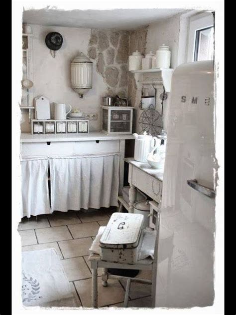 shabby chic cabinets kitchen 1500 best shabby chic kitchens images on pinterest kitchen ideas shabby chic kitchen and live