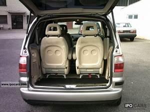 Ford Galaxy 2002 Dimensions